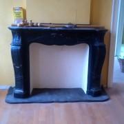 crocodeals-tredesol-vente-materiau-chantier-cheminee-marbre-noir-style-pompadour-2